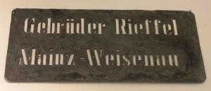 Mainzer Brauereien Brennschild Bierkasten Gebrüder Rieffel